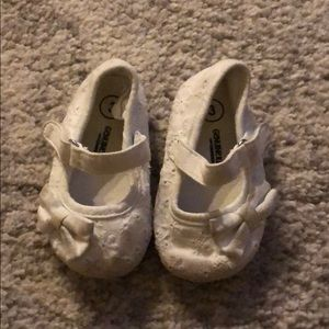 Baby Girls white eyelet design shoes size 3